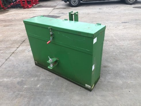 1000kg weight c/w tool box