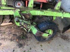 Dowdeswell DP7 6 furrow plough